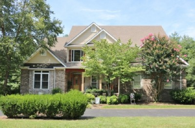 215 Walnut Ridge Road, Scottsville, KY