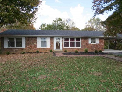 552 Parkway Drive, Scottsville, KY