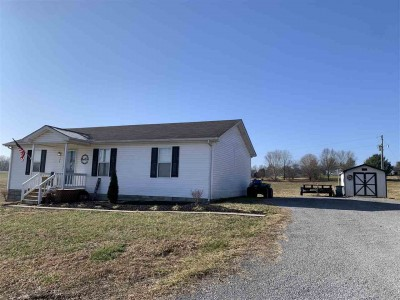 126 Woodrow Hughes Lane, Scottsville, KY