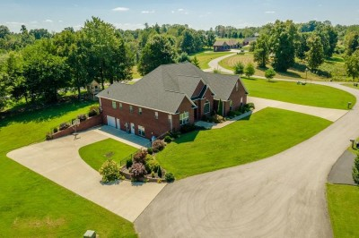 34 Maple Court, Russell Springs, KY