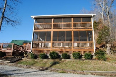 549 Willow Ln, Bee Spring KY 42207