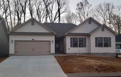 692 Red Maple St, Bowling Green KY 42101