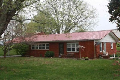 3945 Old Glasgow Rd, Scottsville KY 42164